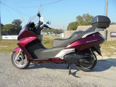 CLEAN 2010 HONDA SILVER WING 600