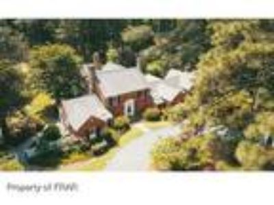 Located in the Weymouth area of Southern Pine...