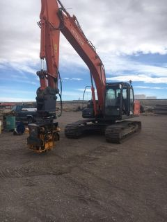 2012 Hitachi ZX 210LC-13 with a 2017 Sonic Side Grip SP50