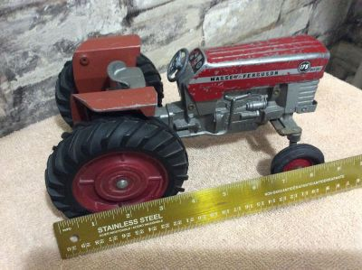 1960's Vintage Massey Ferguson 1/16th Scale Toy Tractor