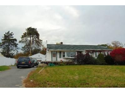 2 Bed 1 Bath Foreclosure Property in Waterford, NY 12188 - Craig Ave