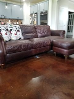Natural leather club sofa w/ ottoman