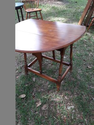 Solid wood Rock maple drop side occasional table