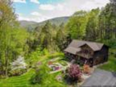 Real Estate For Sale - Three BR, Three BA Log home