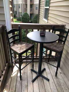 Bar table and chairs Inside or Outside