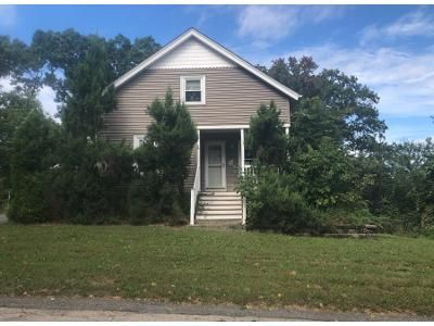 3 Bed 2 Bath Preforeclosure Property in Cranston, RI 02910 - Hornbine Street And 0 Hornbine Street