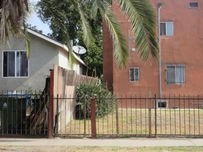 5 Bed 2 Bath Preforeclosure Property in Los Angeles, CA 90001 - And 757 East 79th Street