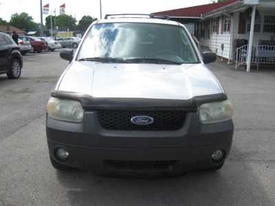 2005 Ford Escape XLT (Silver)