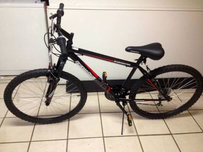 NEW 20 RoadMaster Mountain Bike Perfect Condition