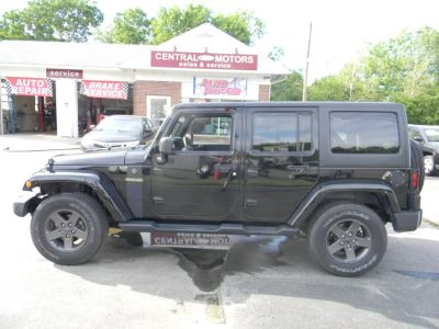 2016 Jeep Wrangler Unlimited 4WD 4dr Sport (Black Clearcoat)