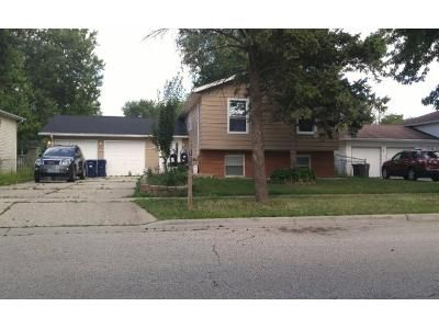 Preforeclosure Property in Elgin, IL 60123 - Robinwood Dr