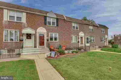 213 Westbridge Rd GLENOLDEN Three BR, Well maintained Townhome