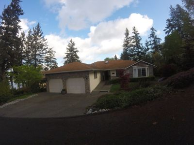 Single Family Home  in Mukilteo