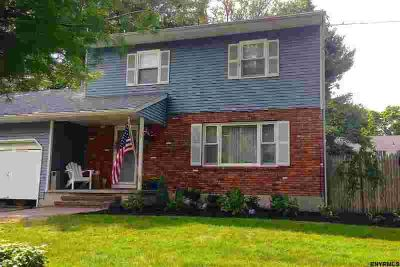 933 E Pine Hill Dr Schenectady Three BR, one owner