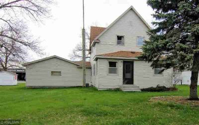 107 Lake Avenue N Paynesville, Very well maintained 3
