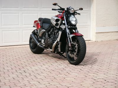2010 Yamaha VMAX 1700