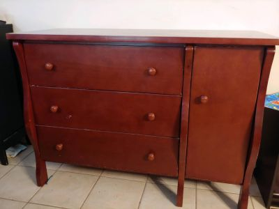 Price reduced: Dresser