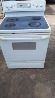 Kenmore stove/oven.