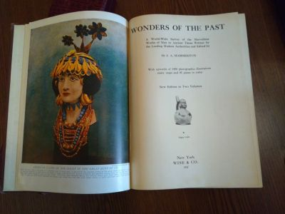 VINTAGE BOOKS WONDERS OF THE PAST 2 VOL SET , PEOPLE'S OF THE WORLD