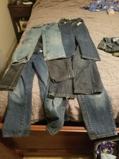 6 pairs of boys jeans size 6