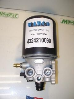 Sell 955300, 85122949, 4324210090 WABCO AIR DRYER motorcycle in Chicago, Illinois, United States, for US $170.00