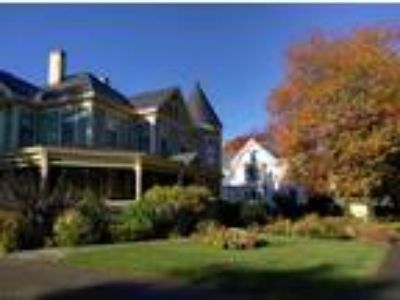 Inn for Sale: Rockland Maine B&B