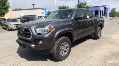 2018 Toyota Tacoma (Magnetic Gray Metallic)