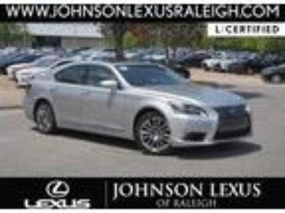 2017 Lexus LS 460 NAV/BLIND SPOT/RADAR CRUISE/ALL WEATHER/4 NEW TIRE