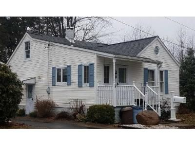 2 Bed 1 Bath Foreclosure Property in Greenville, PA 16125 - S Rosedale Ave
