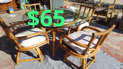 bamboo glass top table and chairs$65