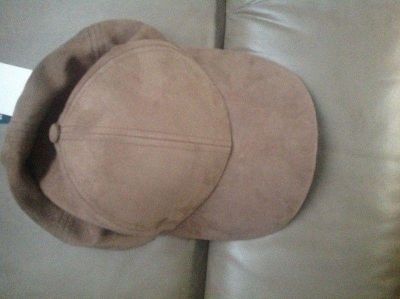 Aritzia Hat - Brand new with tags