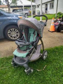 Graco stroller, barely used.