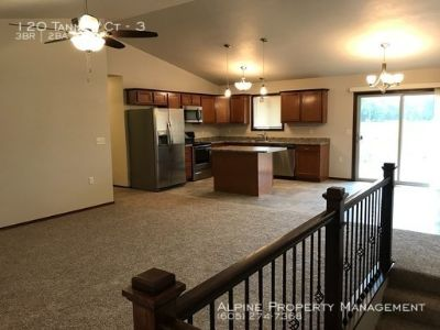 BRAND NEW 3 Bed/2 Bath Luxury Apartment in Tea, SD!!