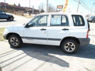 2000 Chevy Tracker (4 X 4)