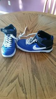 Nike size 5.5Y basketball shoes, excellent condition