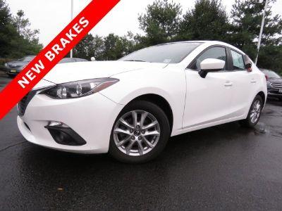 2016 Mazda Mazda3 i Touring (Snowflake White Pearl Mica)