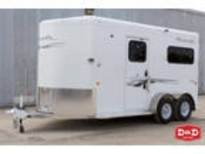 Trails West Royale Plus 2 Horse Side By Side Trailer