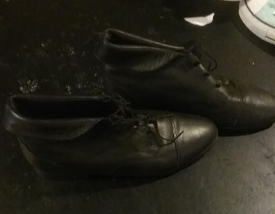 Leather peter pan boots size 8