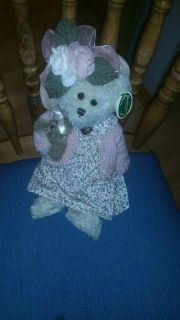 Bearington bear collection, very clean giftable condition, like new