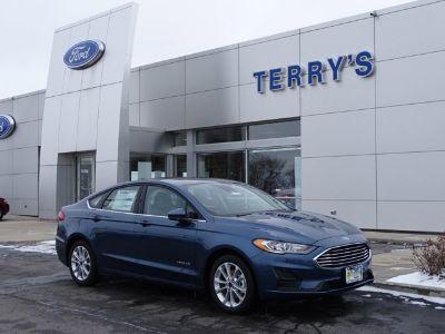 2019 Ford Fusion Hybrid SE (Blue Metallic)