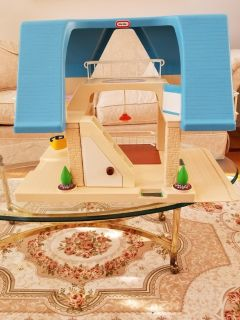 Vintage Little Tikes Blue Roof Doll House With Swing In Excellent Condition