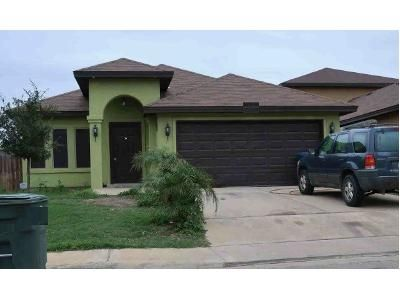 3 Bed 2 Bath Foreclosure Property in Laredo, TX 78046 - Chacota St