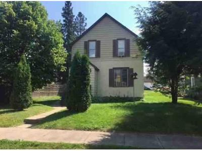 3 Bed 2 Bath Foreclosure Property in Chisholm, MN 55719 - 3rd St SW