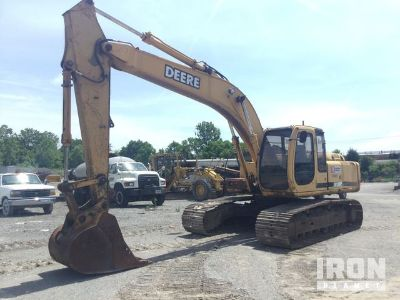 John Deere 200LC Track Excavator