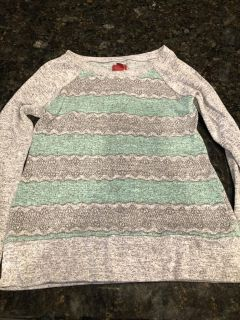 Arizona jeans brand gray/sea-foam green sweater with button up back. Excellent condition. SF. Size 10/12. $3