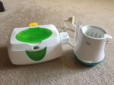 Wipes warmer and bottle warmer