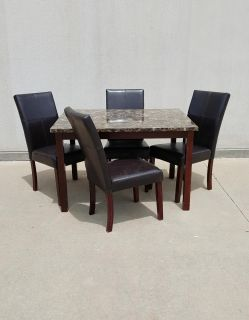 Nice Crown Mark 5 Piece Dining Table Set