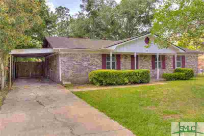239 Deerwood Drive HINESVILLE Three BR, Great opportunity to own