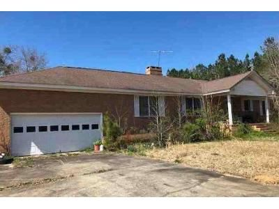 3 Bed 2 Bath Foreclosure Property in Newberry, SC 29108 - Jalapa Rd