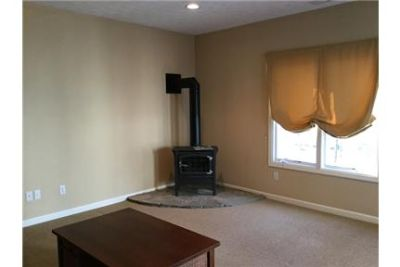 3 bedrooms House - Don't miss seeing this beautiful. Washer/Dryer Hookups!